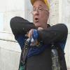 Autotrasportatore tenta di darsi fuoco davanti al tribunale di Salerno