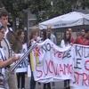 Studenti in piazza per contestare i tagli di ore ai licei musicali