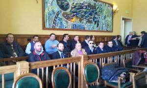 L'attesa dei lavoratori del Cstp al Consiglio provinciale di oggi
