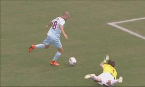 Il gol di Citro a Terracciano al 4' del primo tempo