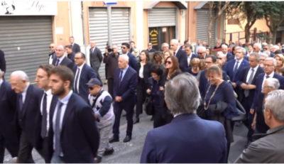 Funerali mamma De Luca