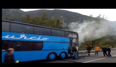 bus in fiamme cilentana